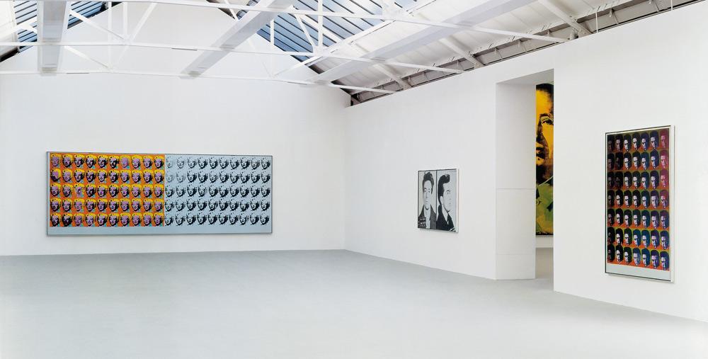 Warhol-Installation-saatchi-galery-radio-chicureo-tendencia-arte