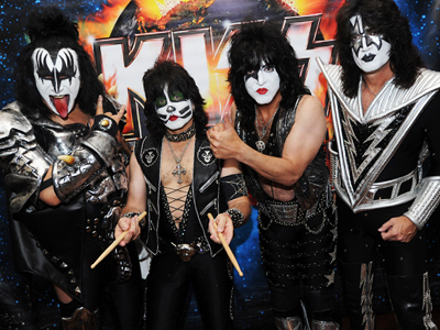 kiss-chicle-panoramas-concierto-radio-chicureo